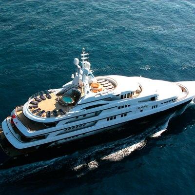 Freedom Yacht Running Shot - Overhead