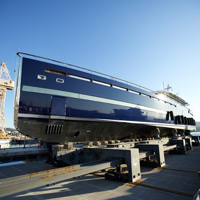 Blade Yacht Dry Dock