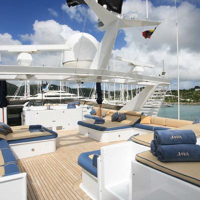 DOA Yacht Sundeck