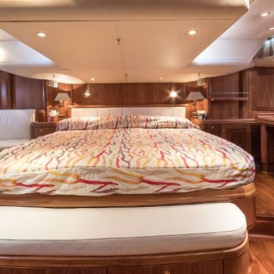 Adesa Yacht