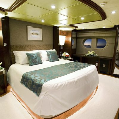 De Lisle III Yacht VIP Stateroom