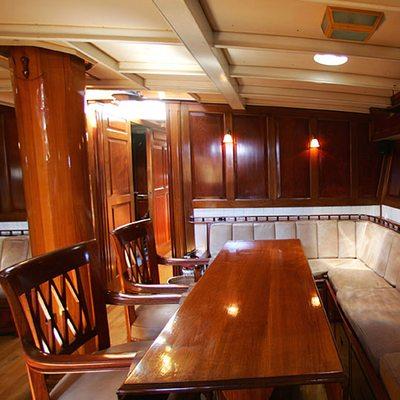 Sunshine Yacht Salon Seating