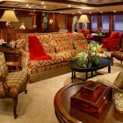 Nomad Yacht Salon
