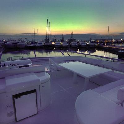 Sea Dog Yacht