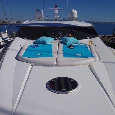 Froggy Yacht