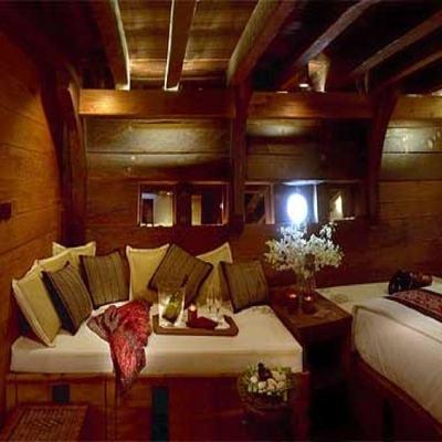 Silolona Yacht Stateroom