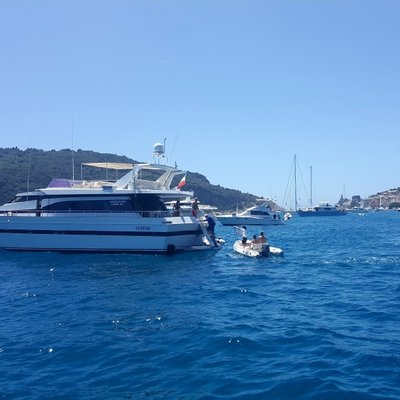 Claramaria Yacht