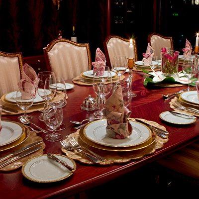 Bellami.Com Yacht Dining Salon