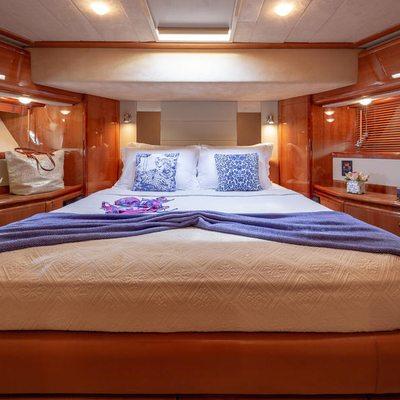 Amor Yacht