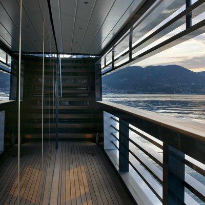 Ocean Pearl Yacht Side Terrace