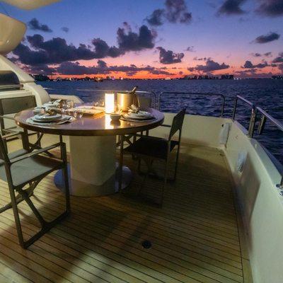 Nomada Yacht