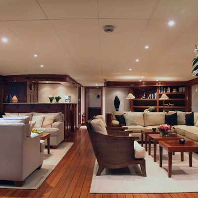 Asteria Yacht Salon - Forward View