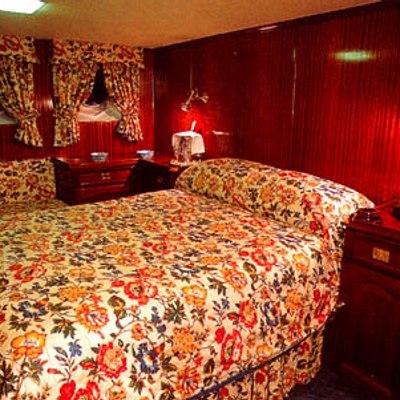 Trafalgar Yacht Guest Stateroom