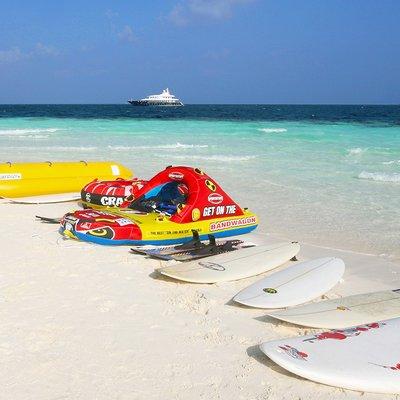 Dhaainkan'baa Yacht Toys