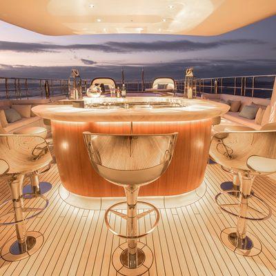 Driftwood Yacht