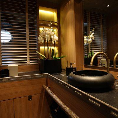 Roxane Yacht Master Bathroom