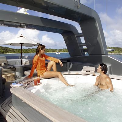 Silver Dream Jacuzzi - Lifestyle