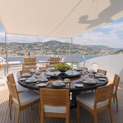 Meamina Yacht Exterior Dining