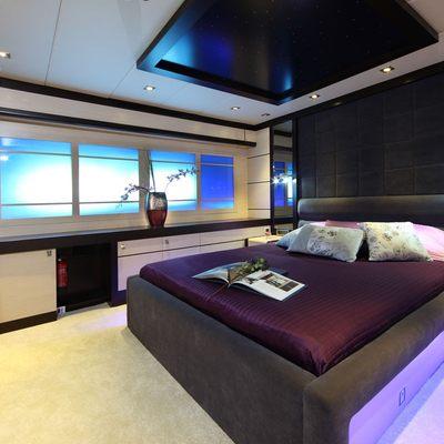 Perla del Mare Yacht Purple Guest Stateroom