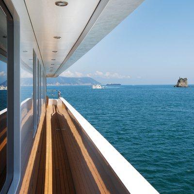 Zaliv III Yacht Terrace