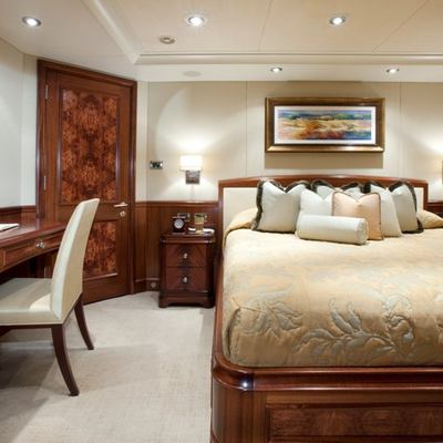Avalon Yacht Guest Stateroom - Seating