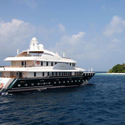 Dhaainkan'baa Yacht Rear View