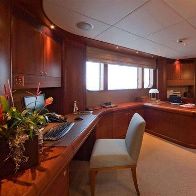 Solaia Yacht Master Office