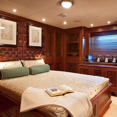Tiara Yacht Double cabin
