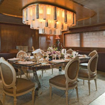 Sirahmy Yacht Dining Room