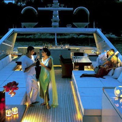 Kintaro Yacht Sundeck