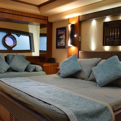 RAY III Yacht