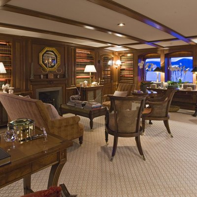 Virginian Yacht Library