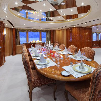 Capri I Yacht Dining Salon