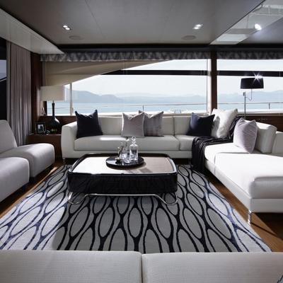 4 Life Yacht