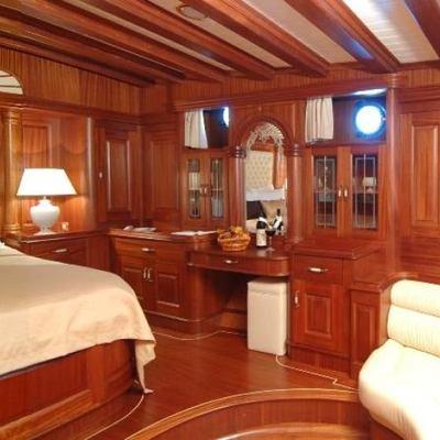 Goleta I Yacht Master Stateroom