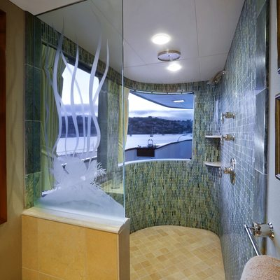 Empire Sea Yacht Master Bathroom