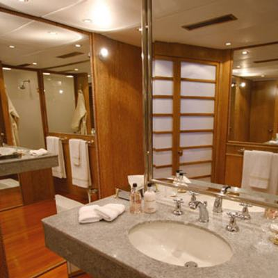 Sea Lady II Yacht Master Bathroom