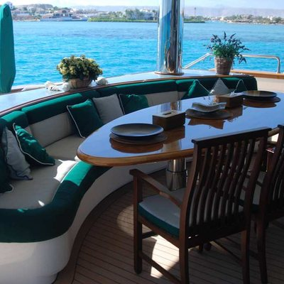 Forty Love Yacht Dining