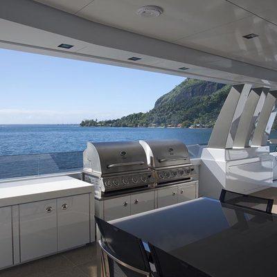 Big Fish Yacht Exterior Dining