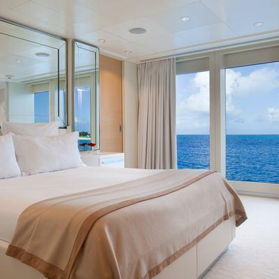 Idol Yacht VIP Stateroom