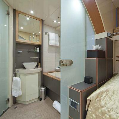 Daloli Yacht Twin Stateroom - Bathroom