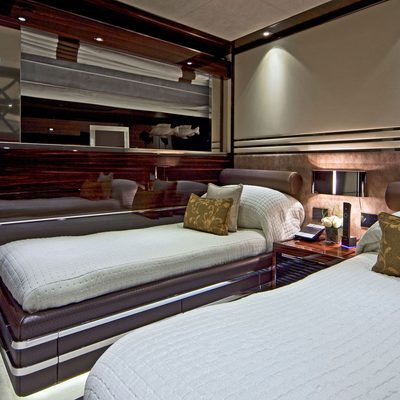 Manifiq Yacht Twin Stateroom - Overview