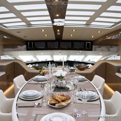 RL Noor Yacht Dining Salon