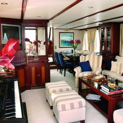 Liana H Yacht
