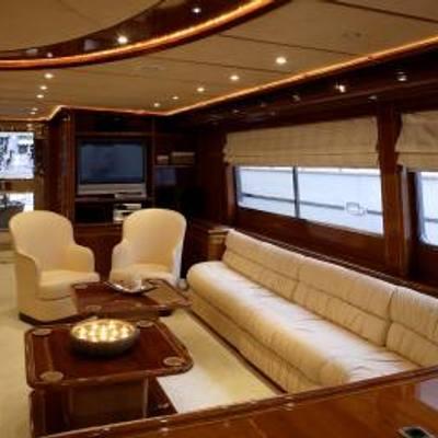 Corvus Yacht Main Salon - Seating