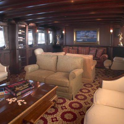 SS Delphine Yacht Salon