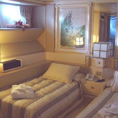 Carmen Fontana Yacht Twin Stateroom