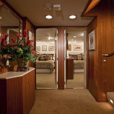 Golden Compass Yacht Guest Foyer