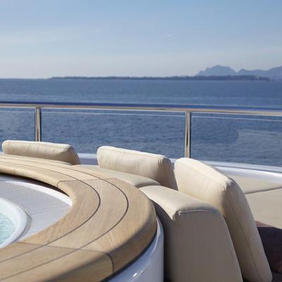 Megan Yacht Jacuzzi & Seating
