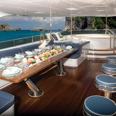 Lady Joy Yacht Sundeck Bar